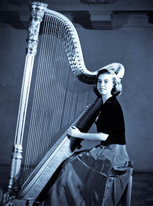 barbyharp-1946.jpg