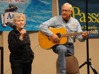 Patsy Conrad and Ron Stob sing the Looper Song